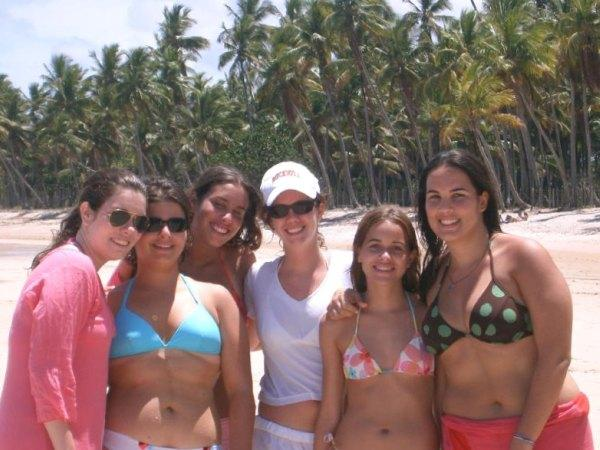 Teen girls on brazilian beach — img 5